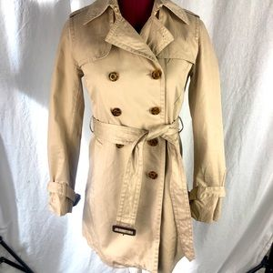 Banana Republic classic trench coat 🧥